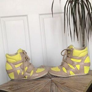 Used GoJane Yellow & Beige Wedge Sneakers Size 10